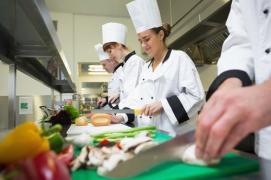 Food_Safety_iStock_000046432084_XXXLarge