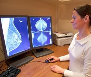 breast-cancer-iStock_000016019343_XXXLarge crop